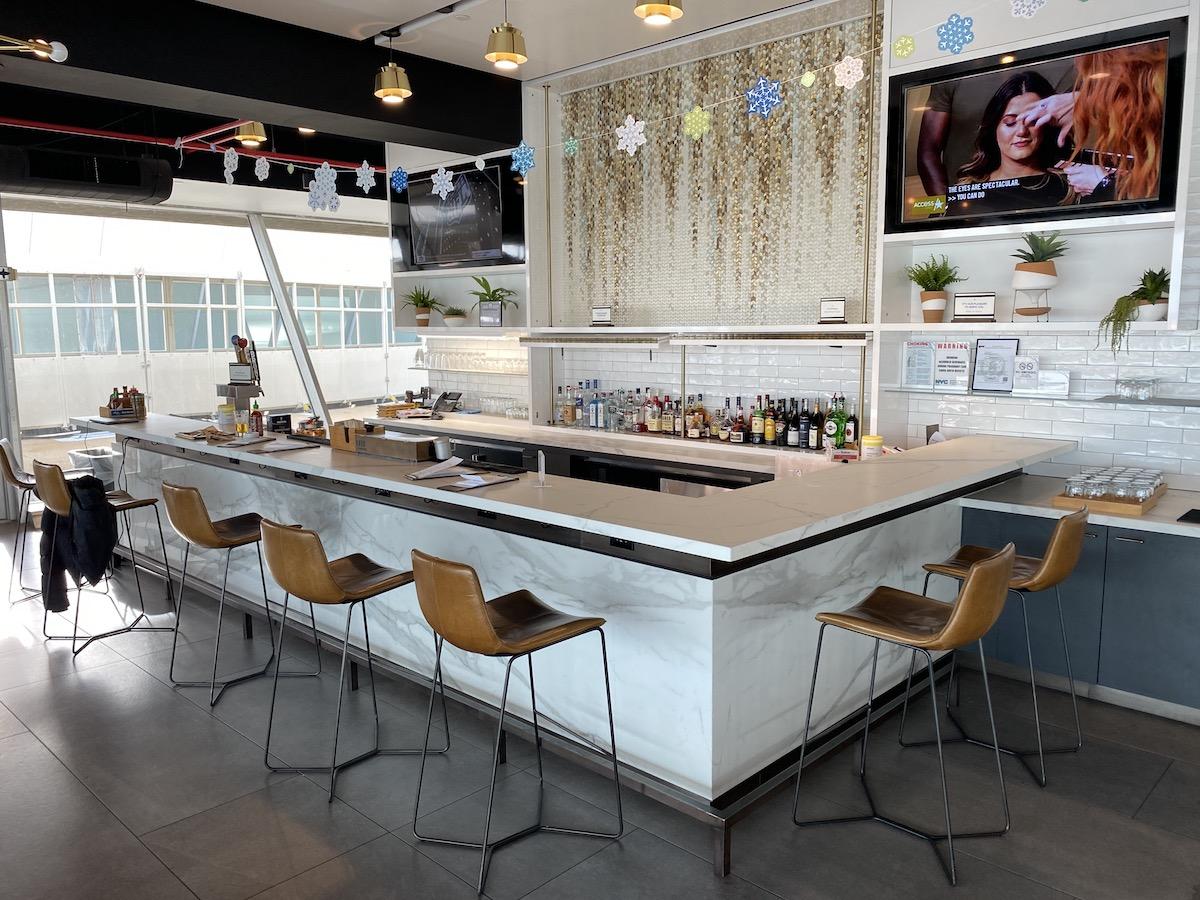 Alaska Lounge JFK 12