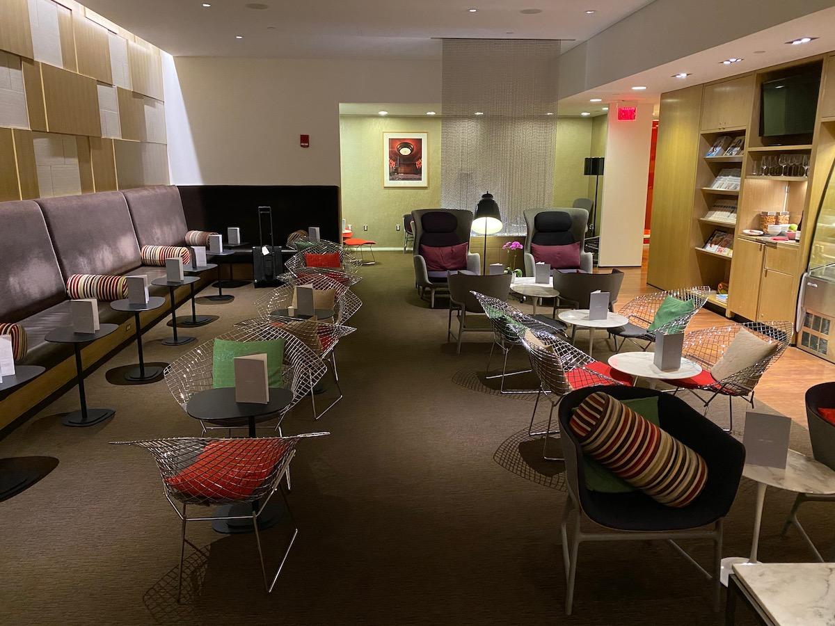 Review: Virgin Atlantic Clubhouse Boston Airport