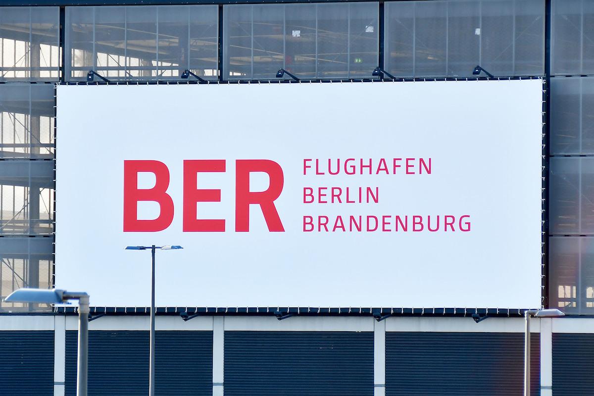 Resultado de imagen para Berlin-Brandenburg Airport