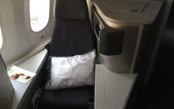 American 787 Business Class 4