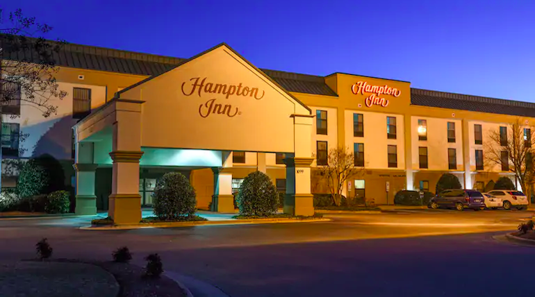 Hampton Inn Calls Cops On Black Family Using Pool | One Mile at a Time