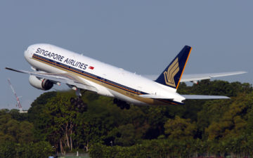 Singapore Airlines 777 200