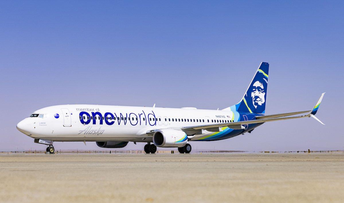 Alaska 737 oneworld
