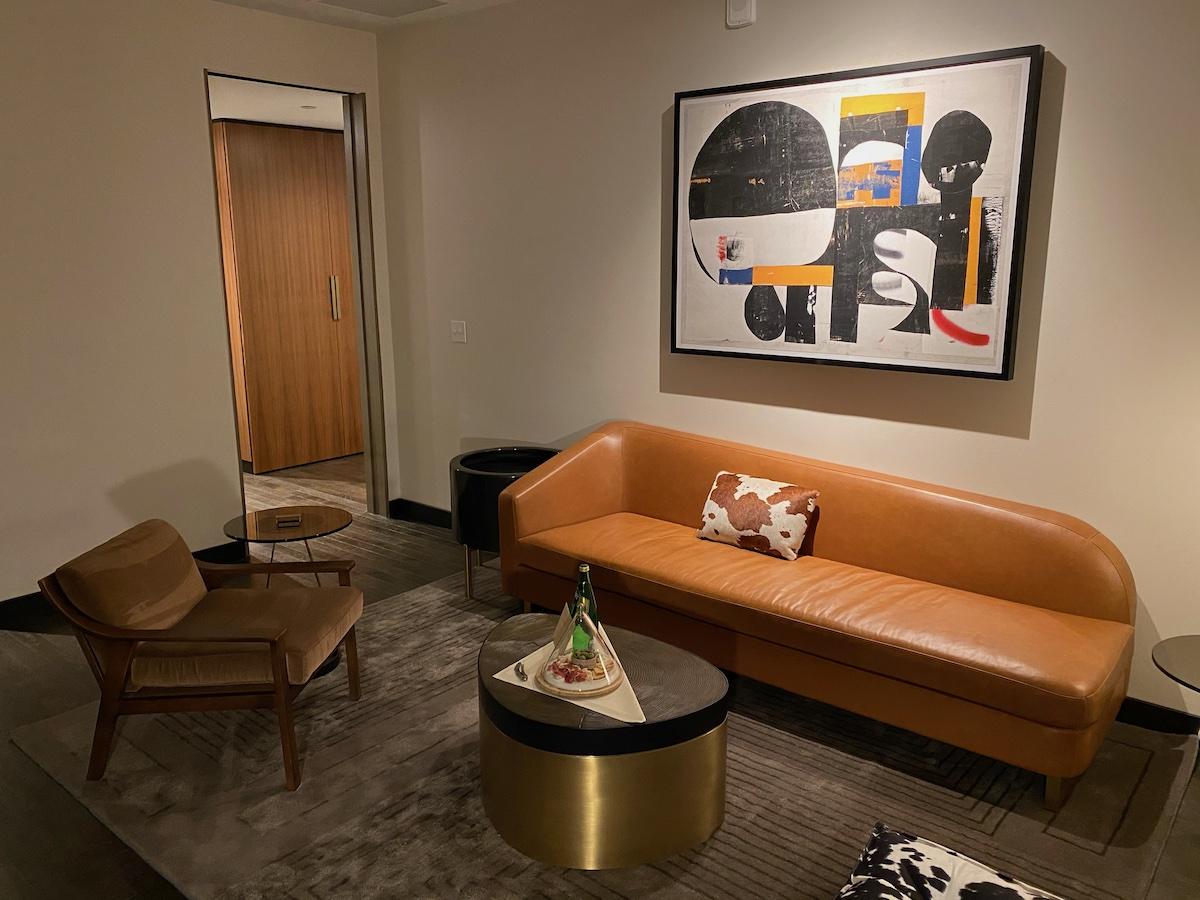 Thompson Suite