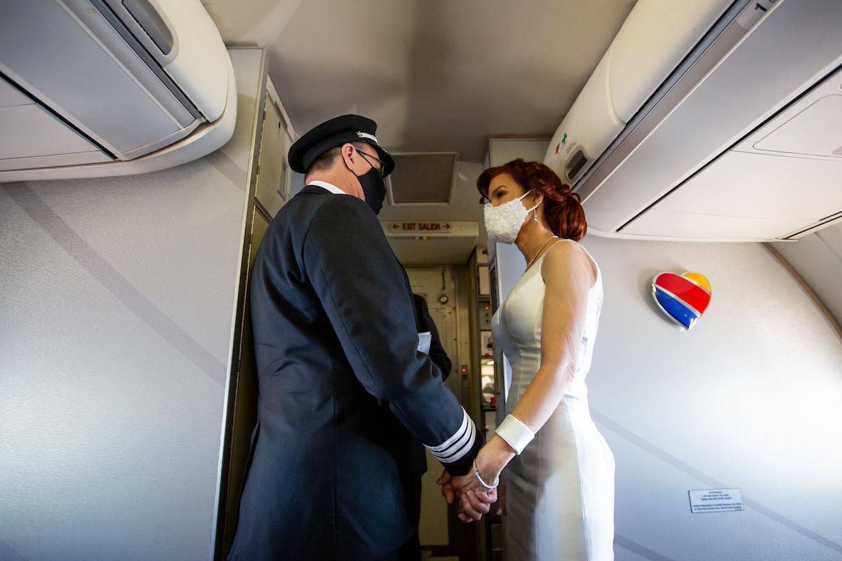 Southwest Pilot Married Inflight 3
